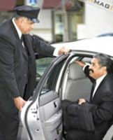 Oakville Airport Limousine, Wedding and Prom Limo Service