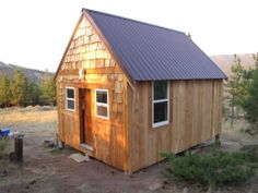 Timber Frame Cabin by BOB http://www.cabinbuilds.net/timber-frame-build-by-bob_1