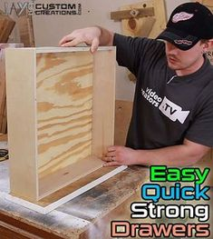 Make Quick, Strong, Easy Drawers Here is a quick video showing how I make my drawers 99 times out of This is an easy process using pocket hole screws and a floating bottom. I have never had a problem with this drawer construc… Set Of Drawers, Wooden Drawers, Diy Drawers, Kitchen Drawers, Woodworking Projects Diy, Woodworking Jigs, Diy Wood Projects, Furniture Projects, Woodworking Classes