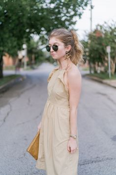 khaki ruffle dress,