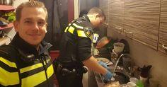 Policiais socorrem mulher a enviando para hospital, mas ficam na casa dela para fazer jantar dos 5 filhos