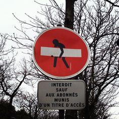 Paris streetsign humor via @ednacz