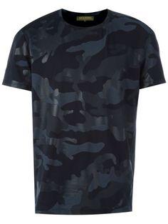 VALENTINO 'Rockstud' Camouflage T-Shirt. #valentino #cloth #t-shirt