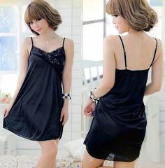 Amazon.co.jp: 胸元V字ラインフリル セクシーランジェリー/セクシーベビードール&ショーツ/2点セット/黒: 服&ファッション小物