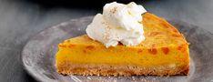 Het recept voor deze pompoentaart komt uit het boek Lekker Miljuschka van Miljuschka Witzenhausen. Pompoentijd? Sla je slag en maak deze heerlijke taart!