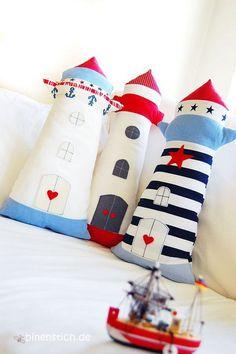 Si os apetece decorar una habitación infantil de un modo original, los cojines son una estupenda opción...
