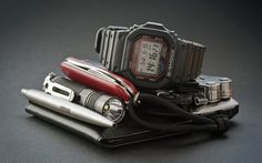 Show Us Your EDC gear!!! - page 229 - Gadget Freak/EDC Forum - Multitool.org Edc Wallet, Everyday Carry Items, Victorinox Swiss Army Knife, We Carry On, Edc Tactical, Edc Tools, Edc Gear, Just In Case, Purse