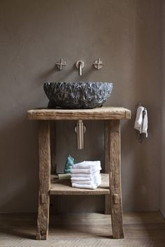 Rustic bathrooms 793548396822880641 - 24 Amazing Rustic Bathroom Vanities Decor Ideas You Should Try at Home Source by ira_stherbin Bathroom Vanity Decor, Rustic Bathroom Vanities, Rustic Bathrooms, Bathroom Interior Design, Modern Interior Design, Home Design, Bathroom Ideas, Ikea Bathroom, Small Bathroom