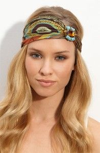 Wanna look like a hippie goddess? Try a head wrap!