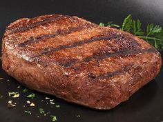 Lots of big juicy steaks are always a must for tailgating!  #UltimateTailgate #Fanatics