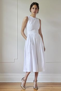 MODEL 5 - ANNA – Room 502 Off White Dresses, Casual Dresses, Best Work Dresses, Essential Wardrobe Pieces, Wide Leather Belt, Strappy High Heels, Luxury Fashion, High Fashion, Anna Wintour