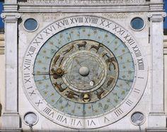 L'horloge astronomique de Giovanni Dondi orne la Tour de l'Horloge de la Piazza dei Signori à Padoue.Italie
