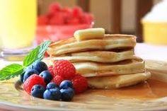 Recette Pancake « light » pour 1 personne : 1 oeuf ; 2 c. à s. rase de Maïzena ; 2 c. à s. de fromage blanc 0% ; 1 c. à c. de levure ; 1 c. à s. de Stevia ou autre édulcorant liquide (facultatif) ; 1 c. à c. d'huile.