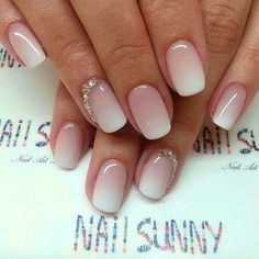 Braut nägel bilder Bride nails pictures Related posts: The girls, I put you some pictures of gel nails for the day j. ca p … 29 great and sweet summer nails design ideas and pictures for the year 2019 Be … 30 Ombre Nails Designs für Inspiration! Wedding Manicure, Wedding Nails Design, Nails For Wedding, Wedding Nails For Bride Natural, Bridal Nails Designs, Bridal Toe Nails, Weddig Nails, Purple Wedding Makeup, Bridal Shower Nails