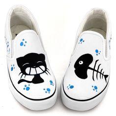 Pedal bajos cortados zapatos en las mujeres los zapatos del dedo del pie pintados a mano zapatos de lona amantes gato y pescado graffiti zapatos de moda                                                                                                                                                                                 Más