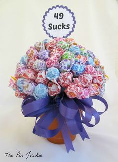 The Pin Junkie: Birthday Candy Bouquet