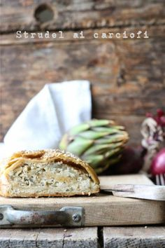 Smiles Beauty and More: Strudel ai carciofi Savoury Slice, Savory Tart, Beauty And More, Food Network Recipes, Cooking Recipes, Quiche, Cooking Photography, Breakfast For Dinner, Strudel