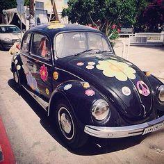 Vi elsker Matala. Byen ligger på Kretas sydlige fine kyst, og var kendt i 1960'erne, da bla. Joni Mitchell og Bob Dylan boede der under hippie-kommunen. Det bedste er, at tiden mere eller mindre har stået stille her. Du kan læse mere om Kreta her: www.apollorejser.dk/rejser/europa/graekenland/kreta
