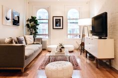 Take a walk-through of this professional fine artist, Carly Berlin's West Village apartment. Seen on Apartment Therapy