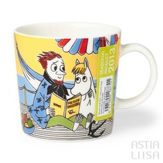 Arabia Snorkmaiden and The poet Moomin Mug 0,3l, designed by Tove Slotte based on original Moomin illustrations by Tove Jansson. Find out more about Moomin mugs on our website 🔎Astialiisa.com⠀ 🌍 Free shipping on orders over 50 €! #moominmug #arabia #arabiafinland #nordichomes #finnishhomes #nordichome #nordicdishes #retrodishes #Finnishdesign #retrocups #Scandinaviandesign #Muumit #moomins #muumimuki #tovejansson #toveslotte #tove #arabiamoomins #coffeecup #moomin #snorkamiden
