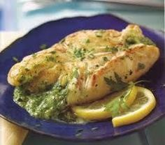 South Beach Diet (Phase Chicken Breasts Stuffed with Spinach and Goat Cheese:A savory stuffing of goat cheese and fresh spinach adds both flavor and color to chicken breasts, which are browned in a skillet and then baked. Baked Pesto Chicken, Spinach Stuffed Chicken, Grilled Chicken, New Recipes, Cooking Recipes, Healthy Recipes, Favorite Recipes, Skinny Recipes, Stuffed Chicken