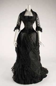 19th century gown #black