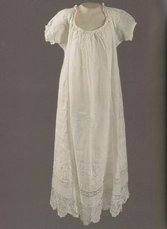 """A fine white batiste nightdress, edged with Ile d'Aix lace. worn by empress josephine. Deeley gives to Charlie in the short story. He may well have ""borrowed"" it from the Empress Josephine herself. Vintage Outfits, Unique Outfits, Vintage Fashion, Ile D Aix, Empress Josephine, Vintage Nightgown, Vintage Mode, Vintage Lingerie, Royal Fashion"