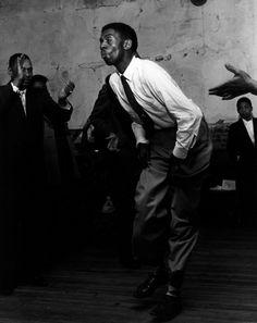 DANCER IN TRANCE © Milton Rogovin