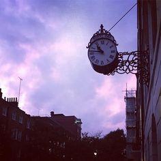 #Dusk on #DoughtyStreet. #Bloomsbury #London #GeorgianHouse #londonsnaps #igerslondon #mylondon #londonlife #igersengland #englisharchitecture