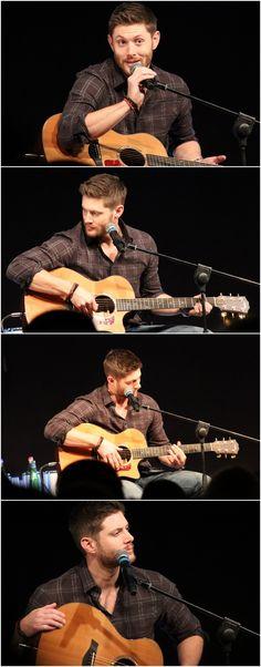 Jensen singing at JIBCon2015