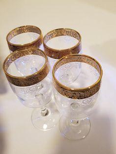 Beautiful gold rim wine glass set