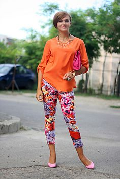 Discover this look wearing Hot Pink Printed Primark Pants, Bubble Gum Stradivarius Shoes - Orange by Chaba styled for Chic, Everyday in the Summer New Fashion, Fashion Online, Street Fashion, Stradivarius Shoes, Bride Of Frankenstein, Orange Blouse, All Things Cute, Orange Bag, Printed Pants