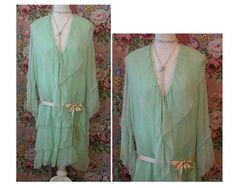 années 1920 Robe en mousseline de soie soie Wrap  vert menthe