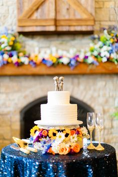 A Sentimental, Flower-Focused Wedding at Big Cedar Lodge in Ridgedale, Missouri Wedding Cake Toppers, Wedding Cakes, Buttercream Cake, Real Weddings, Table Decorations, Simple, Desserts, Food, Pastries