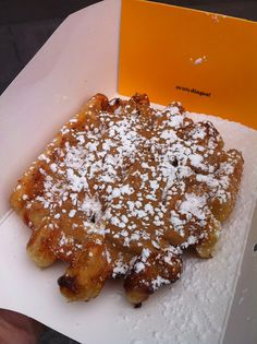 I so miss it, used to have it every sunday morning ugh :( Waffle Cake, Waffle Sandwich, Speculoos Cookie Butter, Dude Food, Food Park, New York Food, Fabulous Foods, Food Packaging, Street Food