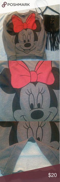 Disney Minnie Mouse sweater Lightweight Great condition Pet free/smoke free home Disney Sweaters Crew & Scoop Necks