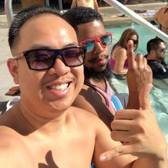 Getting my feet wet ����checking out the day parties hahaha �� #travel #traveling #Lasvegas #pool #vacation #visiting #instatravel #instago #instagood #trip #holiday #photooftheday #fun #travelling #tourism #tourist #instapassport #instatraveling #mytravelgram #travelgram #travelingram #igtravel http://tipsrazzi.com/ipost/1524457315531523729/?code=BUn9dn_gIaR