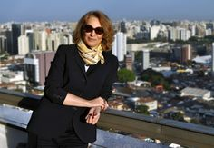 Eliana Sanches, editora-chefe do site