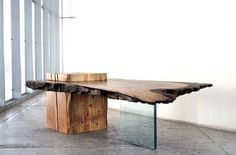 Raw Wood Design Trend is the perfect example of a material that doesn't have to be a typical dark and traditional shade. Raw wood can present itself as a varied example of diversity. Raw Wood Furniture, Live Edge Furniture, Unique Furniture, Table Furniture, Luxury Furniture, Furniture Design, Contemporary Furniture, Pipe Furniture, Furniture Vintage