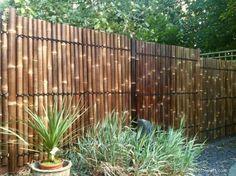 Bamboeschermen kopen? Bestel uw zwart bamboescherm gehalveerd 90 x 180 cm bij Bamboe Bouw Nederland. Snel en goedkoop aan huis geleverd. Ook in België!