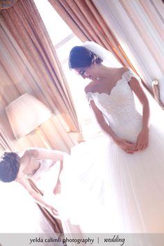 www.yeldacalimli.com #wedding #weddingdress #occasion #walk #path #light #bride #groom #boy #girl #friend #boyfriend #girlfriend #surprise #gown #nature #photo #picture #green #beauty #hair #anniversary #something #blue. Also adorable for a lovely #photogaphy.#weddingflorals #weddingavenue #weddingideas #dream #dreamwedding #weddinginspiration