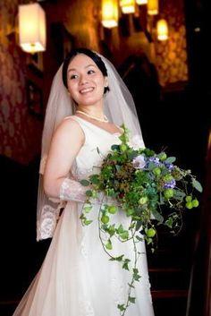 新郎新婦様からのメール 秋の紺 モントレ赤坂様へ  : 一会 ウエディングの花