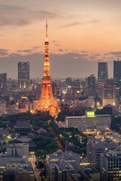Tokyo Tower le soir