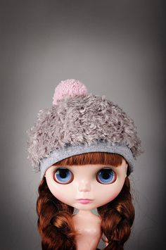 Hat for Blythe sewn from gray faux fur, decorated with pink Pom pom.    Shipping :  I ship orders by tracking all the way service and provide the