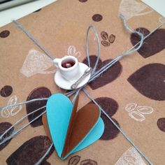 Fun ideas for Homemade Gift Wrap Coffee Cup Crafts, Coffee Cups, Homemade Gifts, Cocoa, Latte, Appreciation, Crafting, Gift Wrapping, Ink