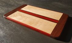 Hey, I found this really awesome Etsy listing at https://www.etsy.com/listing/540433536/cutting-board-serving-tray-maple-walnut