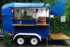 New Street Food Truck Horse Trailers 50 Ideas Catering Van, Catering Trailer, Food Trailer, Converted Horse Trailer, Fire Truck Bedroom, Horse Box Conversion, Coffee Trailer, Food Truck Festival, Best Food Trucks