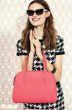 Pretty for work! Houndstooth woven sheath dress + a brightly colored tote.