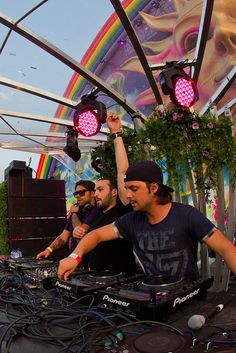ANGELLO AXWELL INGROSSO :) aka swedish house mafia