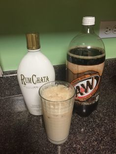 Chata Float Recipe by Crystal Marion Fun Drinks, Yummy Drinks, Alcoholic Drinks, Cocktails, Yummy Food, Western Party Decorations, Fudge Recipes, Drink Recipes, Homemade Fudge